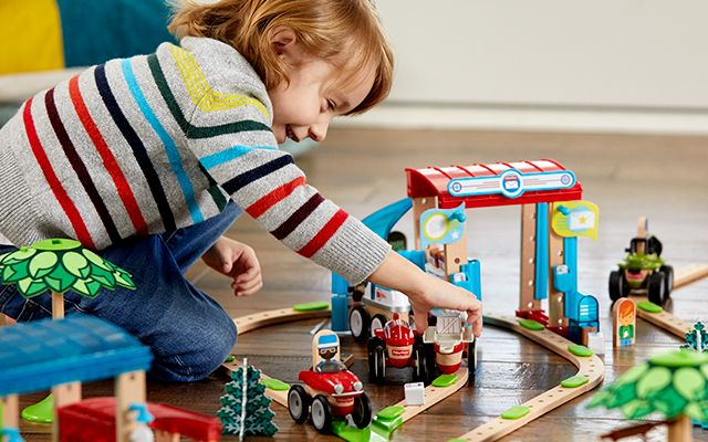 image of boy playing with Wonder Maker toys