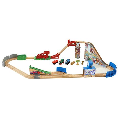 shop trains toys and railway sets thomas friends. Black Bedroom Furniture Sets. Home Design Ideas
