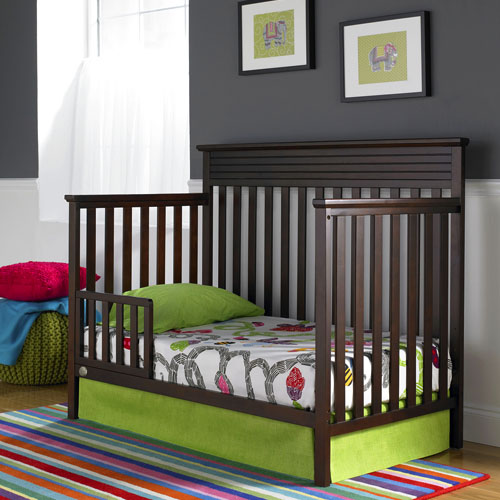 http://www.fisher-price.com/img/product_shots/FP911895-newbury-crib-d-6.jpg