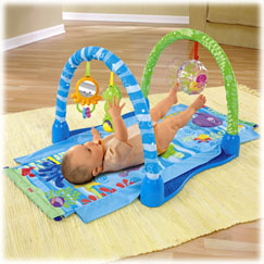Ocean Wonders™ Kick & Crawl Gym
