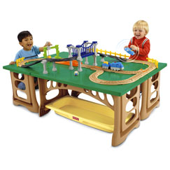 GeoTrax® Train Table & RC Set