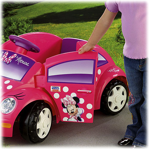Minnie Mouse Volkswagen Car