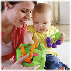 Laugh & Learn™ Sing 'n Learn Shopping Tote